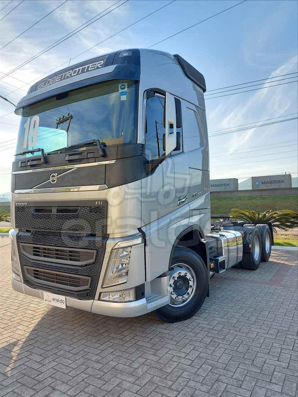 CAMINHAO VOLVO VOLVO FH 460 Chassis Truck 6x2 Eraldo Caminhões TUBARAO SANTA CATARINA SC