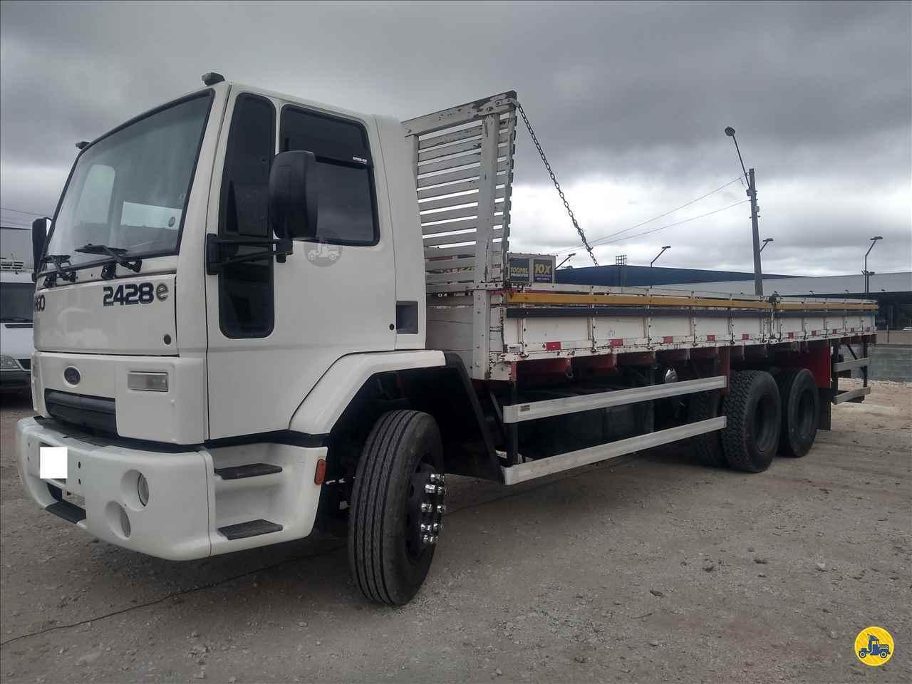 CAMINHAO FORD CARGO 2428 Carga Seca Truck 6x2 Vitória Caminhões CURITIBA PARANÁ PR