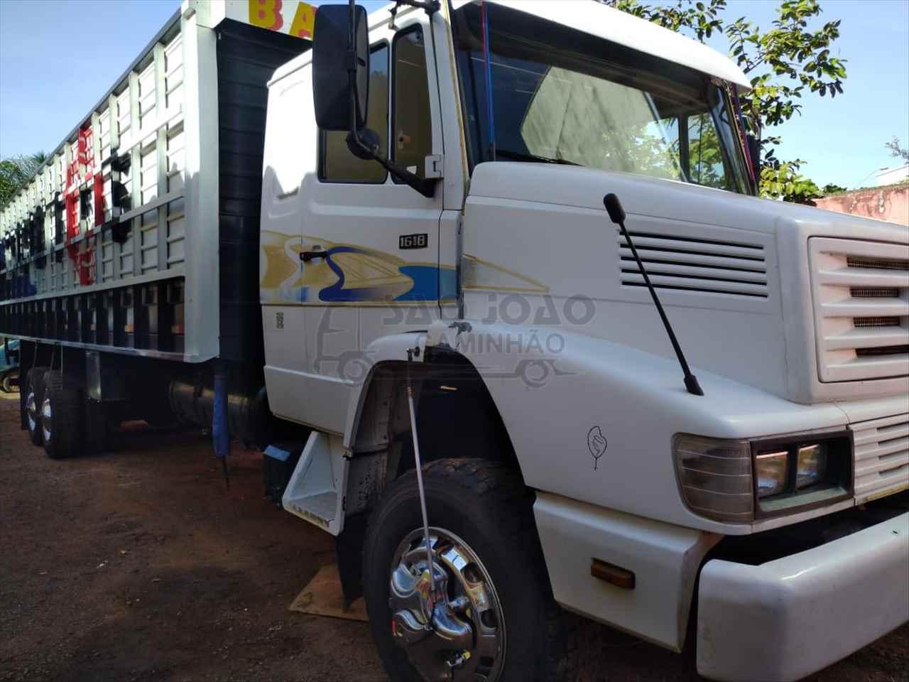 CAMINHAO MERCEDES-BENZ MB 1618 Boiadeiro Truck 6x2 São João Caminhão SAO JOAO DA BOA VISTA SÃO PAULO SP