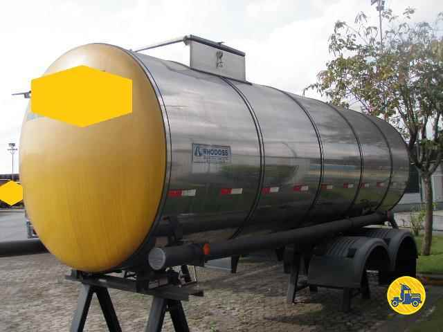 TRUCK TANQUE ISOTERMICO  2010/2011 TRUCKCISO