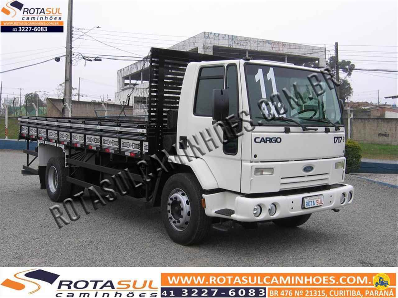 CAMINHAO FORD CARGO 1717 Carga Seca Toco 4x2 Rota Sul Caminhões CURITIBA PARANÁ PR