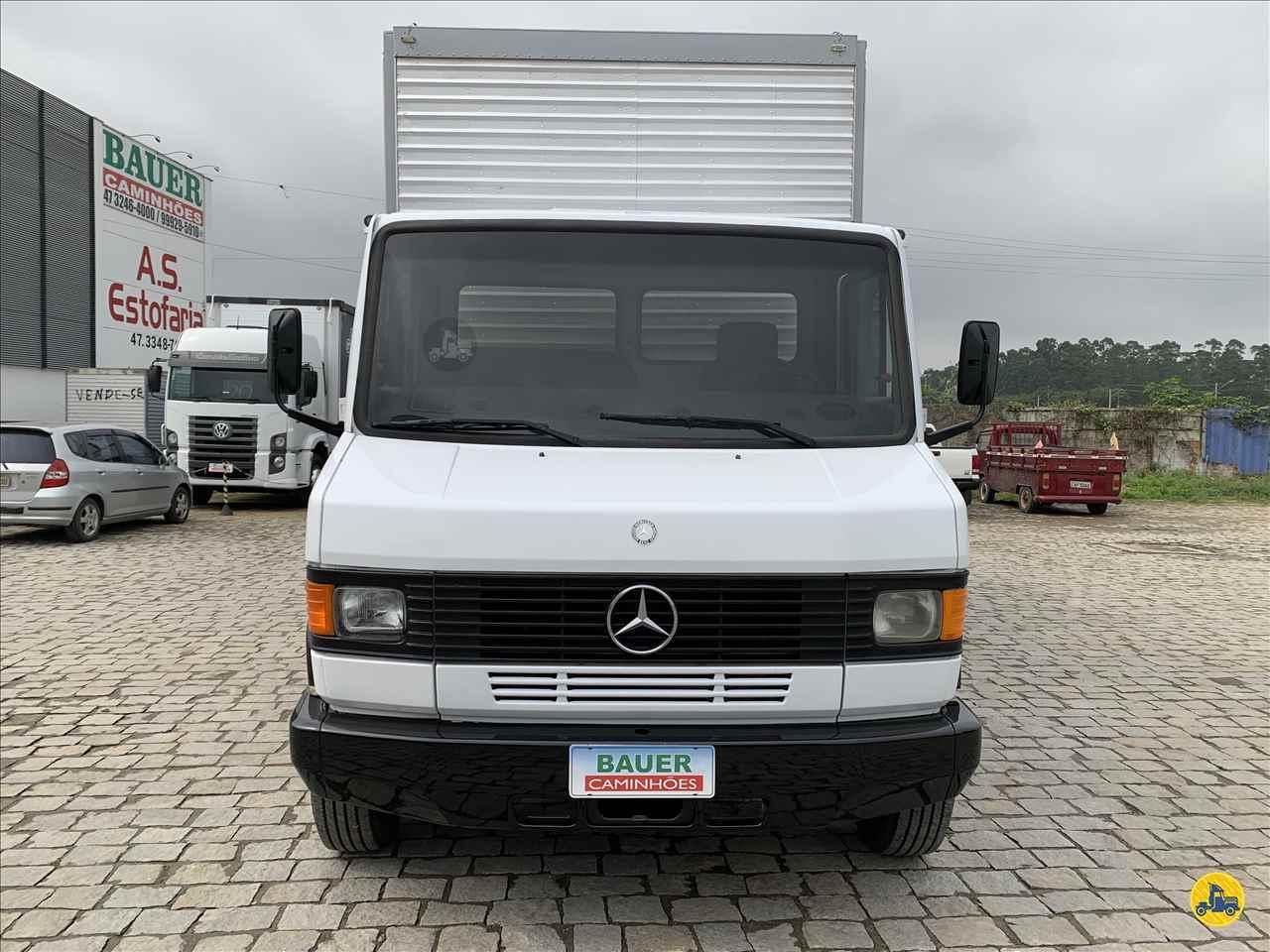 MB 710 de Bauer Caminhões - ITAJAI/SC