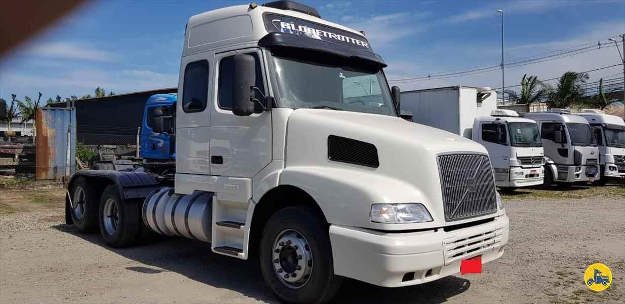 CAMINHAO VOLVO VOLVO NH12 380 Cavalo Mecânico Truck 6x2 Trevo Caminhões - AGB ITAJAI SANTA CATARINA SC