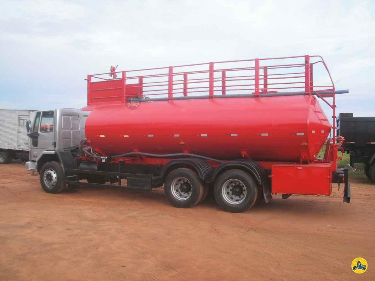 FORD CARGO 2628 300000km 2010/2010 Ravel Trucks