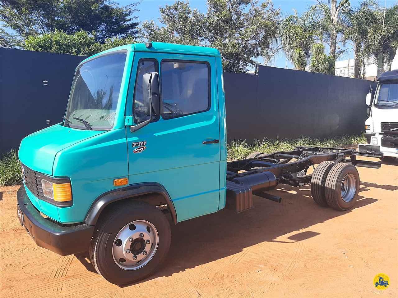 MERCEDES-BENZ MB 710 300000km 2000/2000 Ravel Trucks