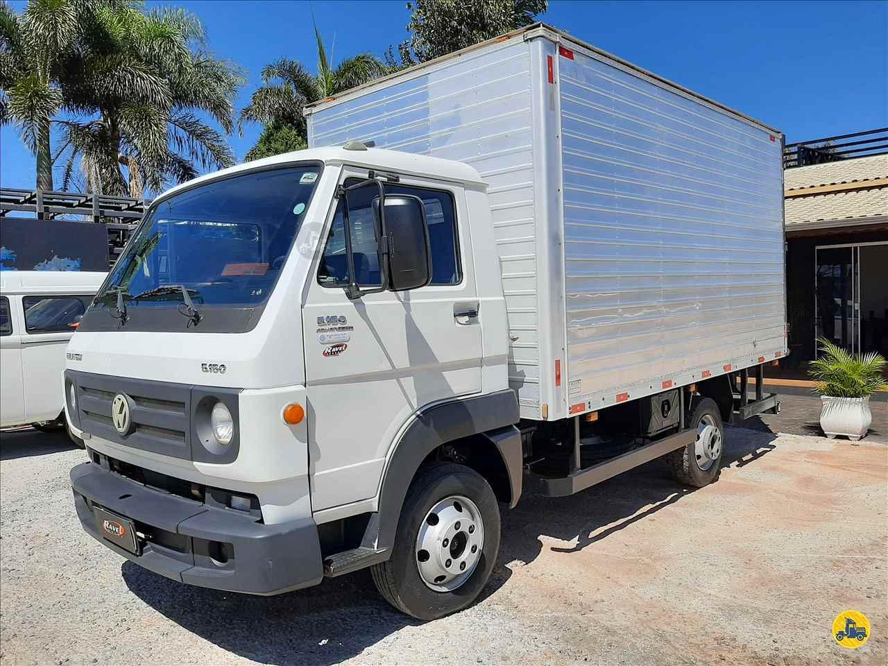 CAMINHAO VOLKSWAGEN VW 5150 Baú Furgão 3/4 4x2 Ravel Trucks CRAVINHOS SÃO PAULO SP