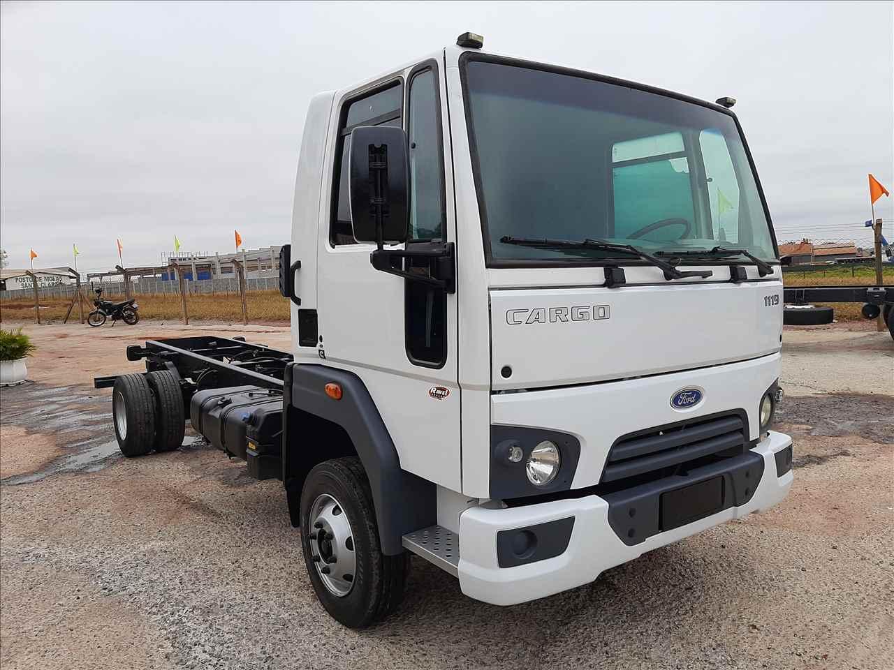 CARGO 1119 de Ravel Trucks - CRAVINHOS/SP