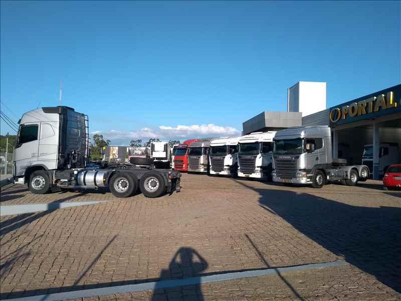 Foto da Loja da Portal Caminhões