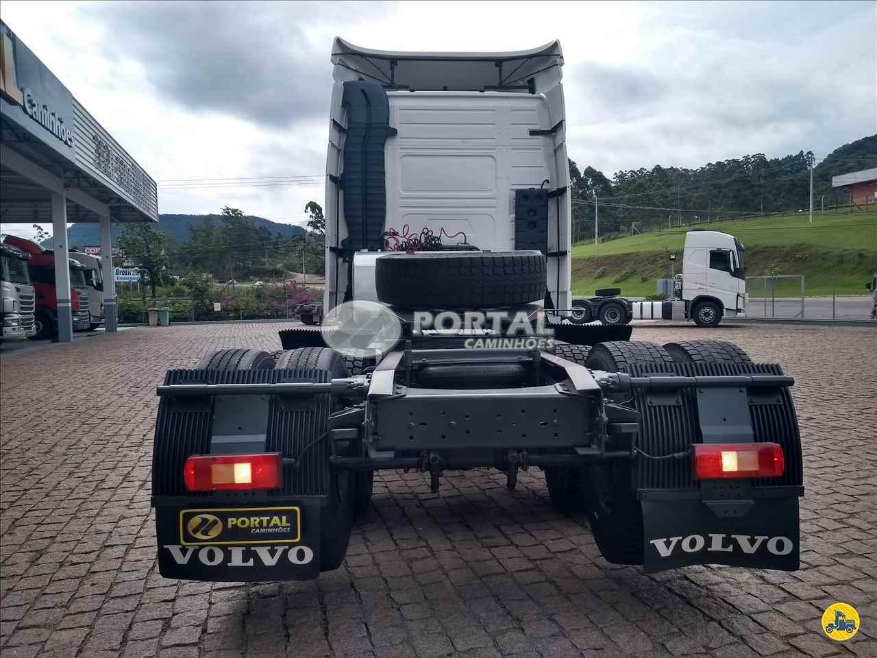 VOLVO VOLVO FH 460 1063000km 2014/2014 Portal Caminhões