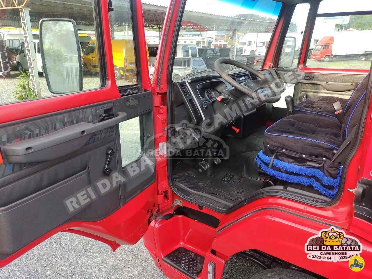 FORD CARGO 816 179000km 2013/2013 Rei da Batata Caminhões