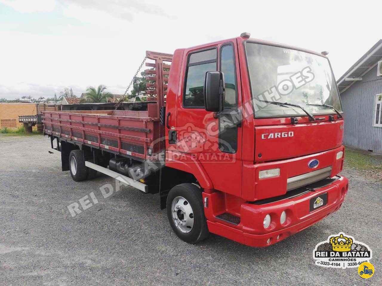 CAMINHAO FORD CARGO 816 Carga Seca 3/4 4x2 Rei da Batata Caminhões BLUMENAU SANTA CATARINA SC