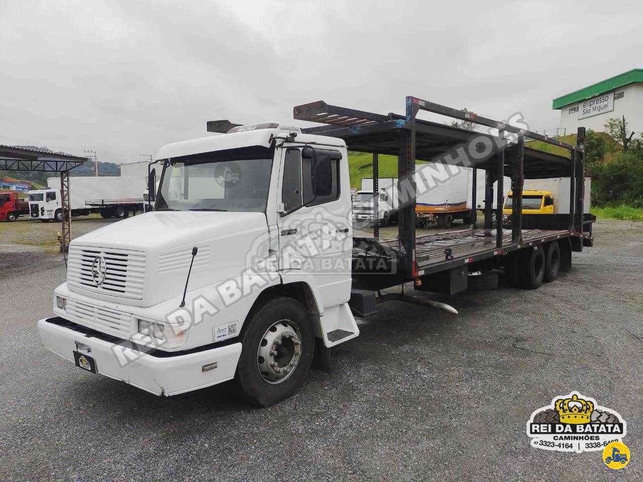 CAMINHAO MERCEDES-BENZ MB 1218 Cegonha Truck 6x2 Rei da Batata Caminhões BLUMENAU SANTA CATARINA SC