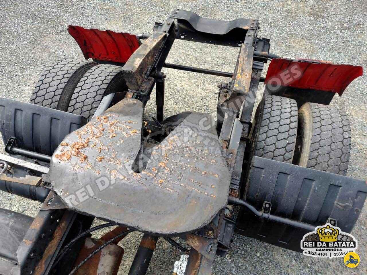 FORD CARGO 4432 900200km 2006/2006 Rei da Batata Caminhões