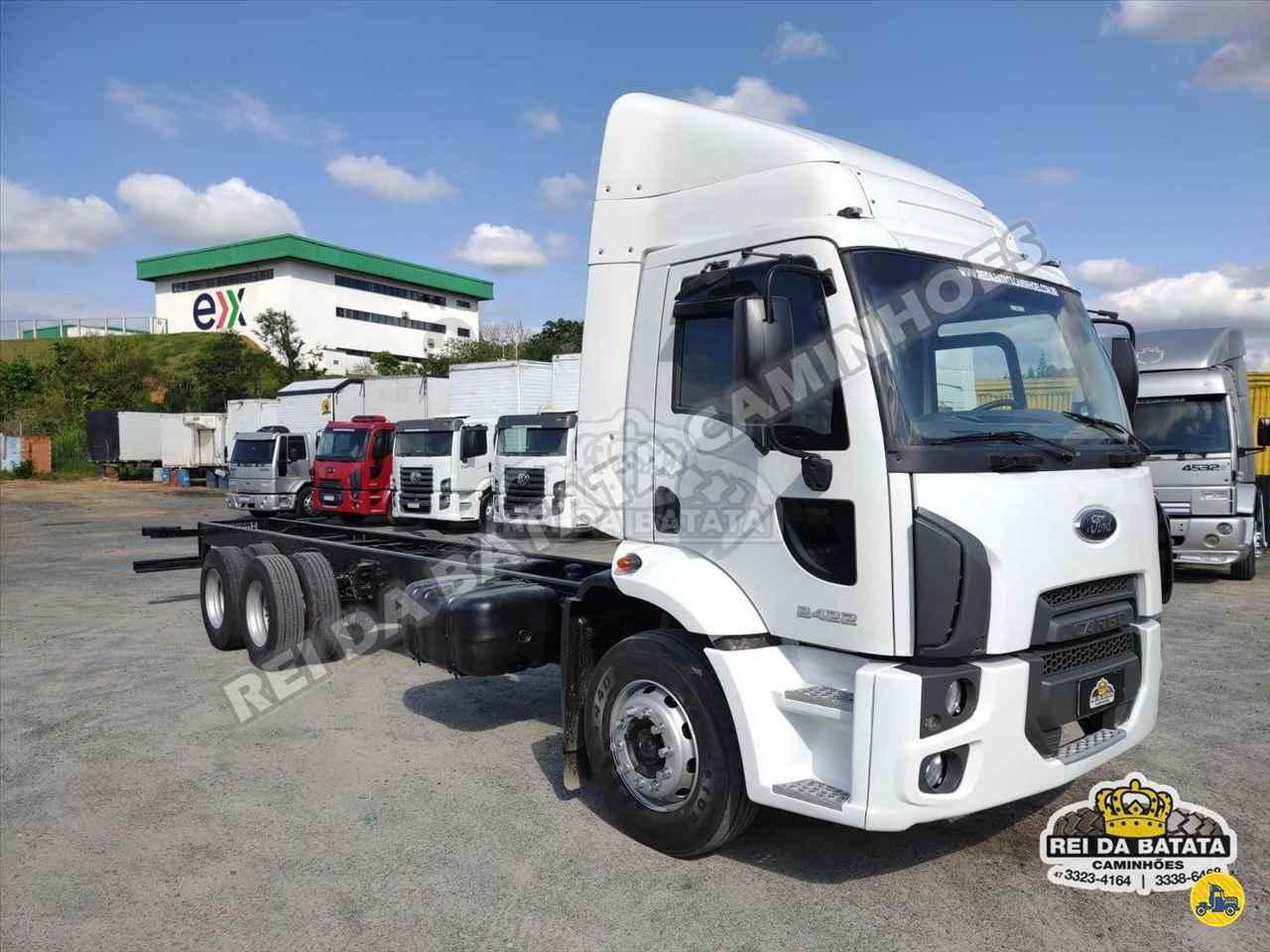 CAMINHAO FORD CARGO 2422 Chassis Truck 6x2 Rei da Batata Caminhões BLUMENAU SANTA CATARINA SC