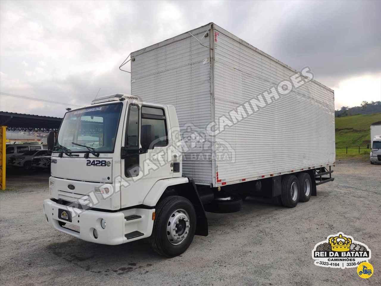 CAMINHAO FORD CARGO 2428 Baú Furgão Truck 6x2 Rei da Batata Caminhões BLUMENAU SANTA CATARINA SC