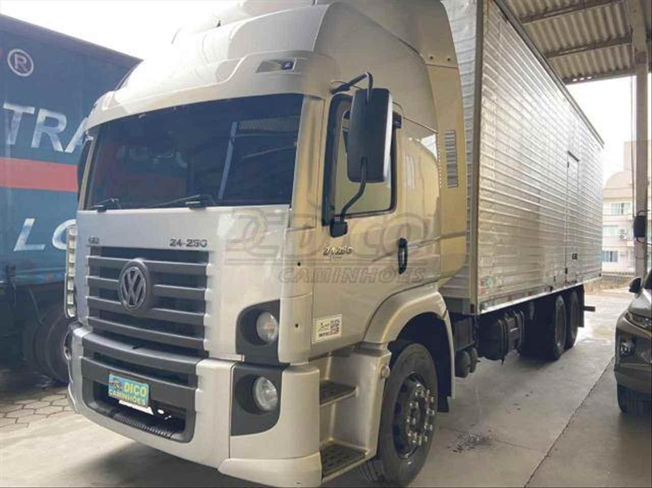 CAMINHAO VOLKSWAGEN VW 24250 Baú Furgão Truck 6x2 Dico Caminhões RIO DO SUL SANTA CATARINA SC