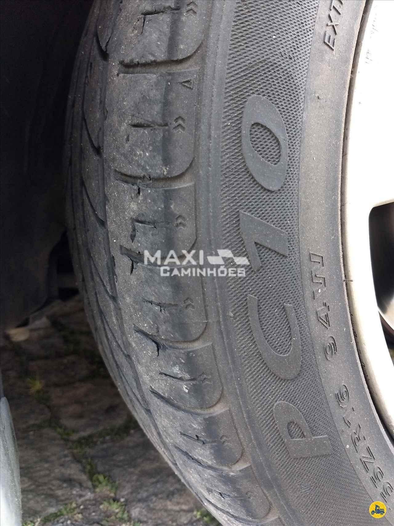 TOYOTA Corolla 2.0 XEi  105000km 2011/2012 Maxi Caminhões