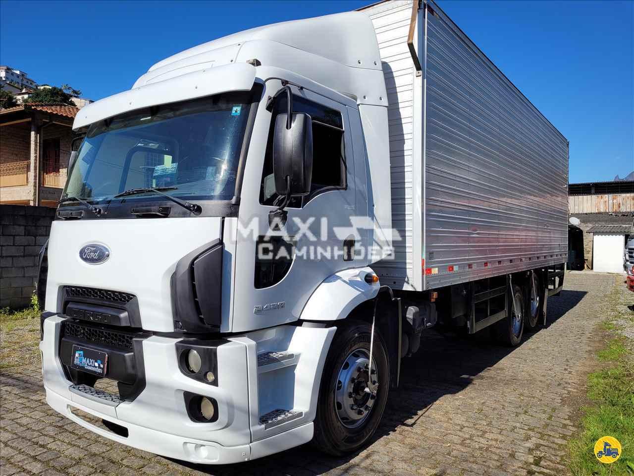 CAMINHAO FORD CARGO 2428 Baú Furgão Truck 6x2 Maxi Caminhões TERESOPOLIS RIO DE JANEIRO RJ