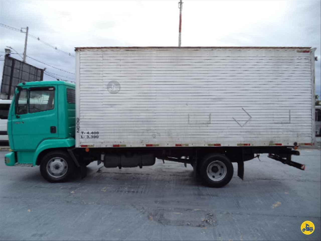 MERCEDES-BENZ MB 712 282000km 2002/2002 Nego Véio Caminhões e Ônibus