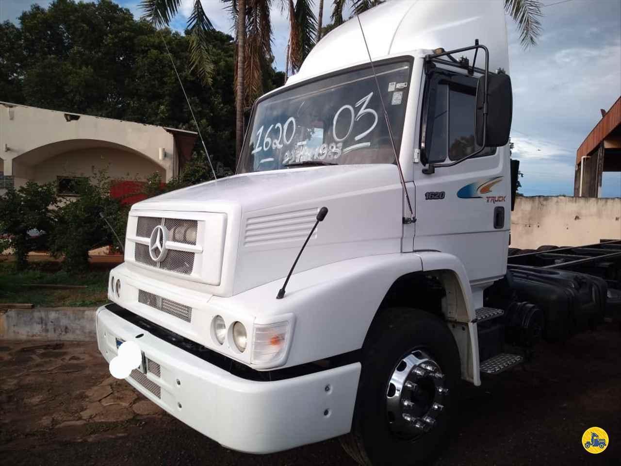 CAMINHAO MERCEDES-BENZ MB 1620 Chassis Truck 6x2 Barbosa Caminhões LINS SÃO PAULO SP