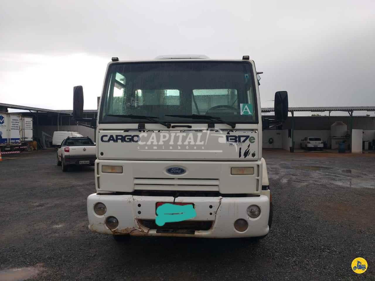 FORD CARGO 1317 350000km 2006/2007 Capital Caminhões - Metalesp e Recrusul