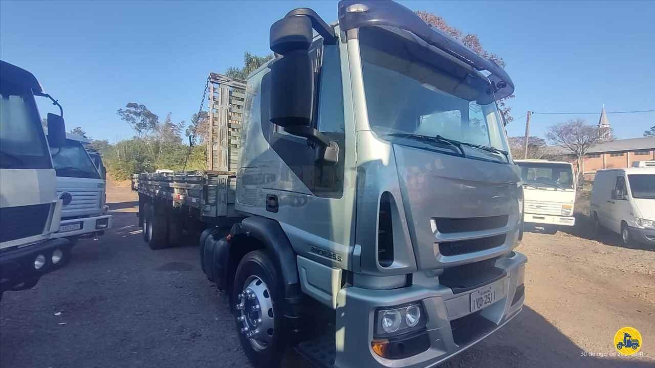 CAMINHAO IVECO TECTOR 240E25 Carga Seca Truck 6x2 Brasil Sul Caminhões PORTAO RIO GRANDE DO SUL RS