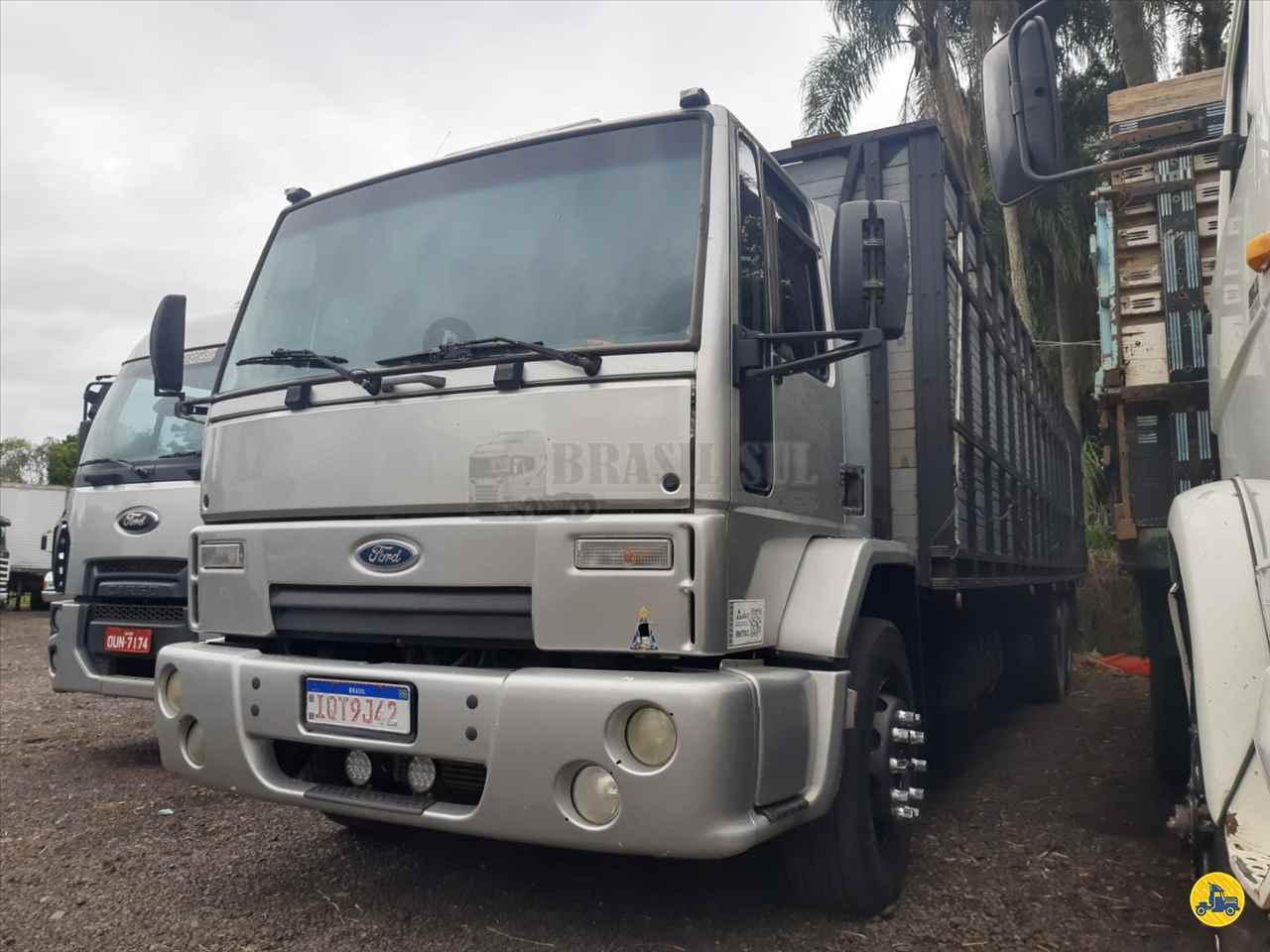 CAMINHAO FORD CARGO 2428 Graneleiro Truck 6x2 Brasil Sul Caminhões PORTAO RIO GRANDE DO SUL RS
