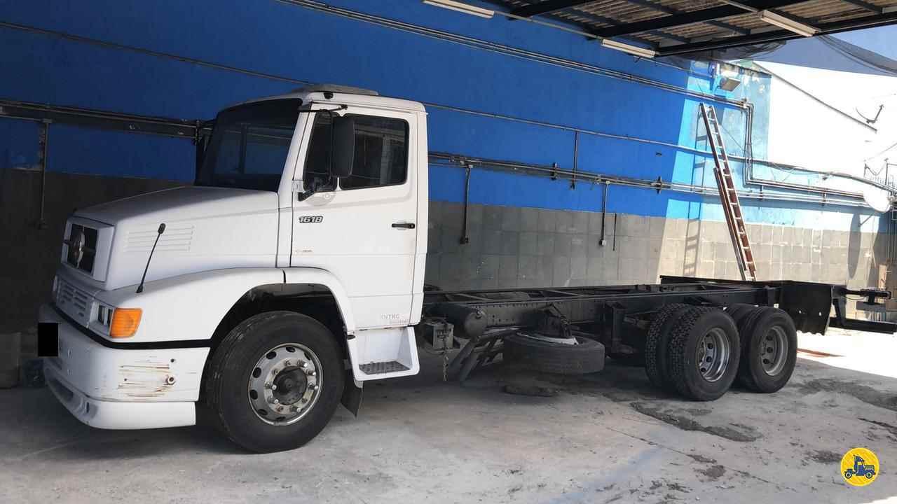 CAMINHAO MERCEDES-BENZ MB 1618 Chassis Truck 6x2 Wilson Caminhões RIBEIRAO PIRES SÃO PAULO SP