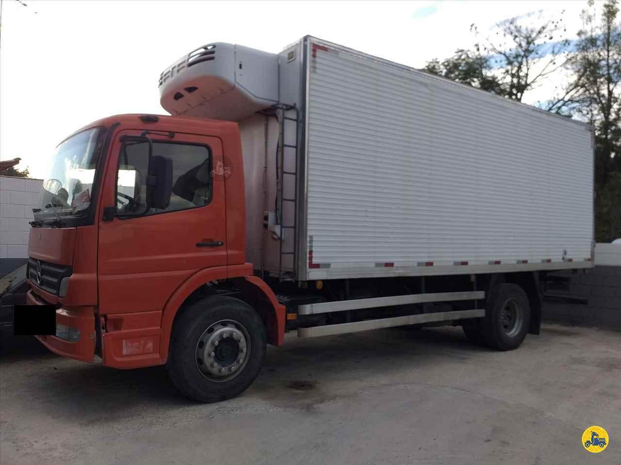 CAMINHAO MERCEDES-BENZ MB 1718 Baú Frigorífico Truck 6x2 Wilson Caminhões RIBEIRAO PIRES SÃO PAULO SP