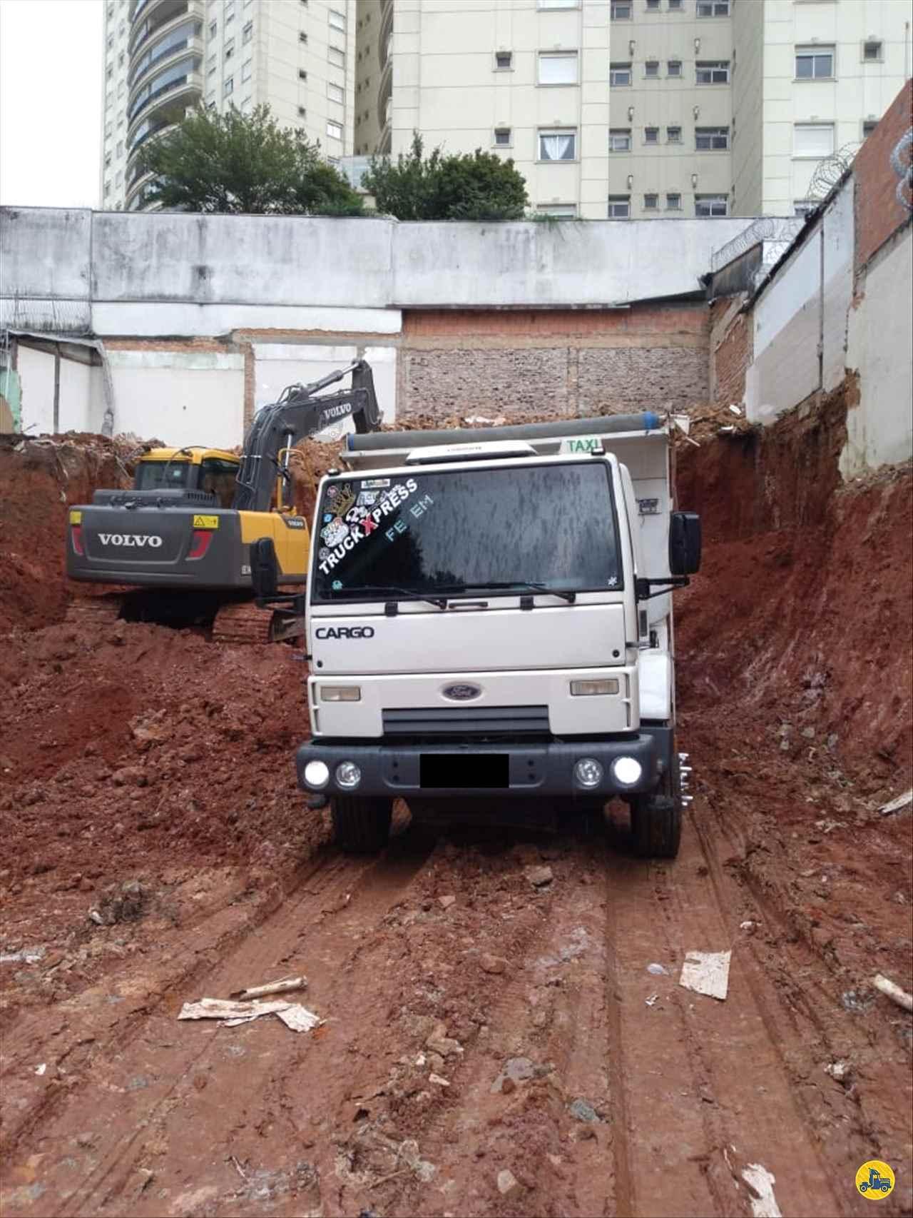 CAMINHAO FORD CARGO 2628 Caçamba Basculante Traçado 6x4 Wilson Caminhões RIBEIRAO PIRES SÃO PAULO SP