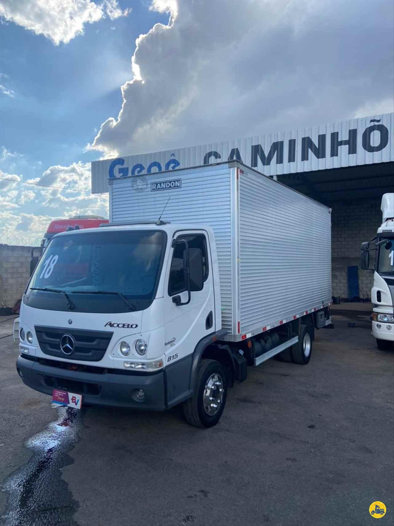 CAMINHAO MERCEDES-BENZ MB 815 Baú Furgão 3/4 4x2 Gegê Caminhões CONTAGEM MINAS GERAIS MG