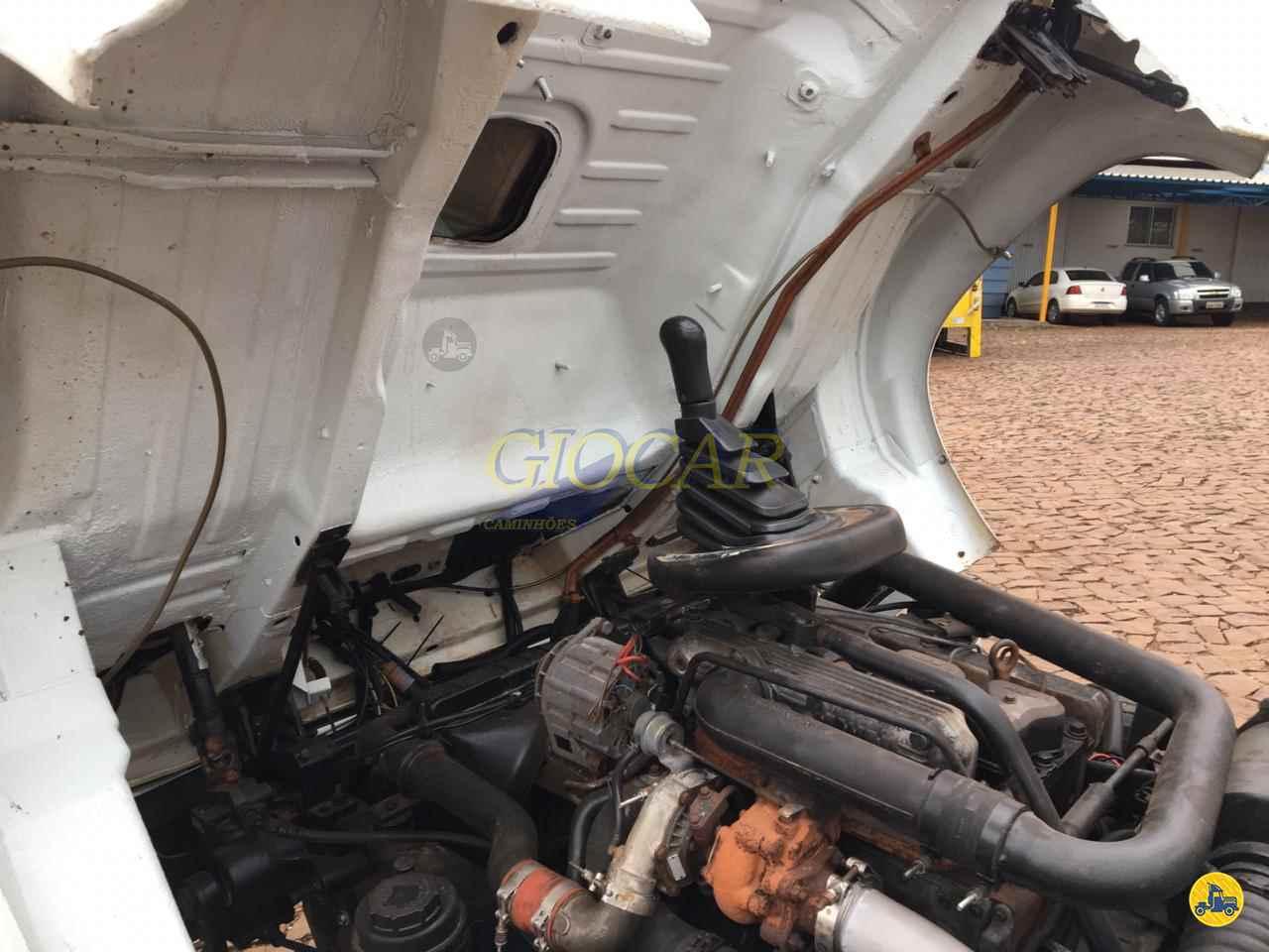 VOLKSWAGEN VW 8120 490000km 2001/2002 Giocar Caminhões