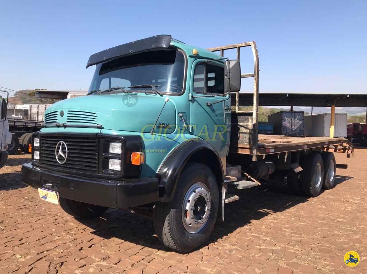 CAMINHAO MERCEDES-BENZ MB 2014 Plataforma Truck 6x2 Giocar Caminhões PATO BRANCO PARANÁ PR