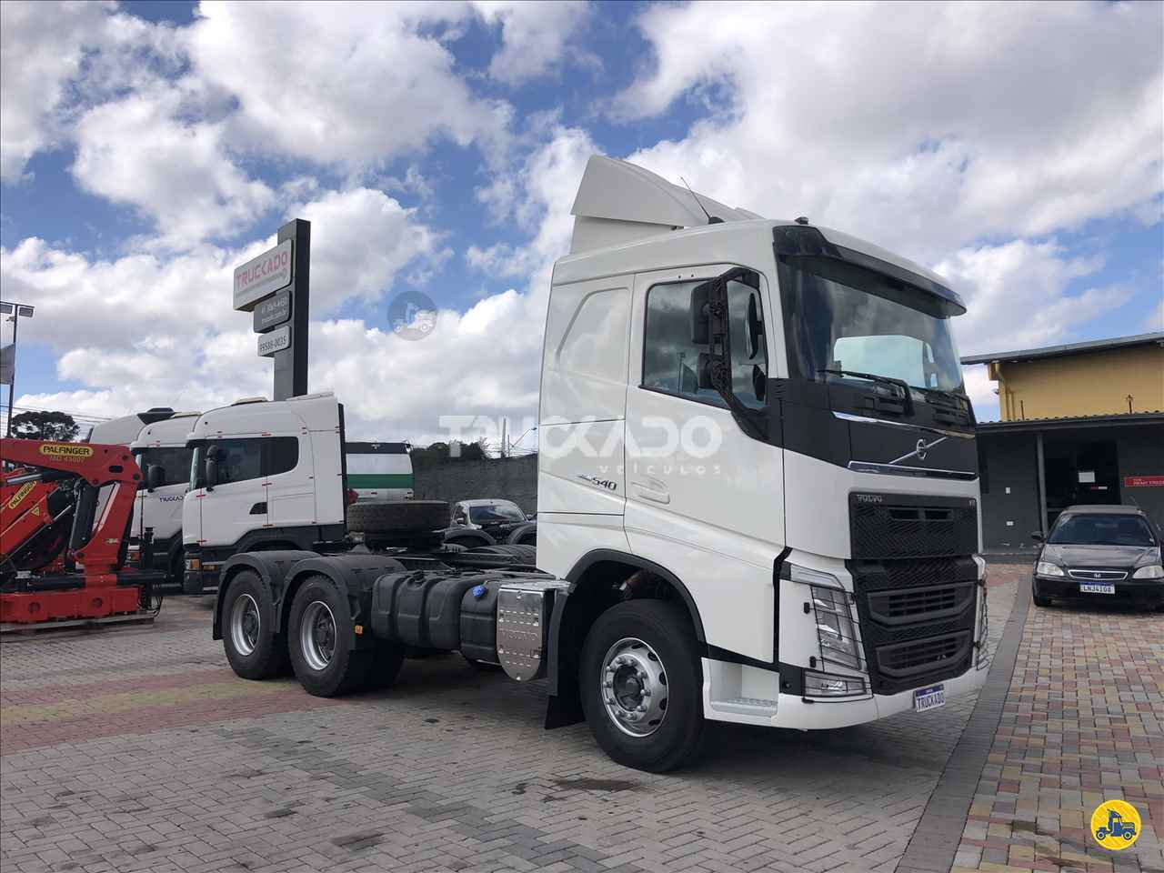VOLVO FH 540 de Truckado Veículos - SINOP/MT