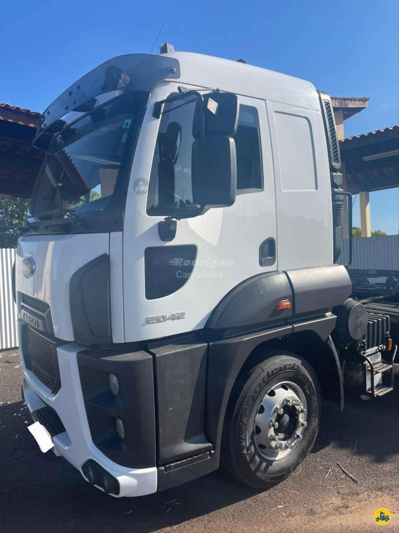CAMINHAO FORD CARGO 2042 Cavalo Mecânico Toco 4x2 Rodrigão Caminhões São José do Rio Preto SÃO PAULO SP