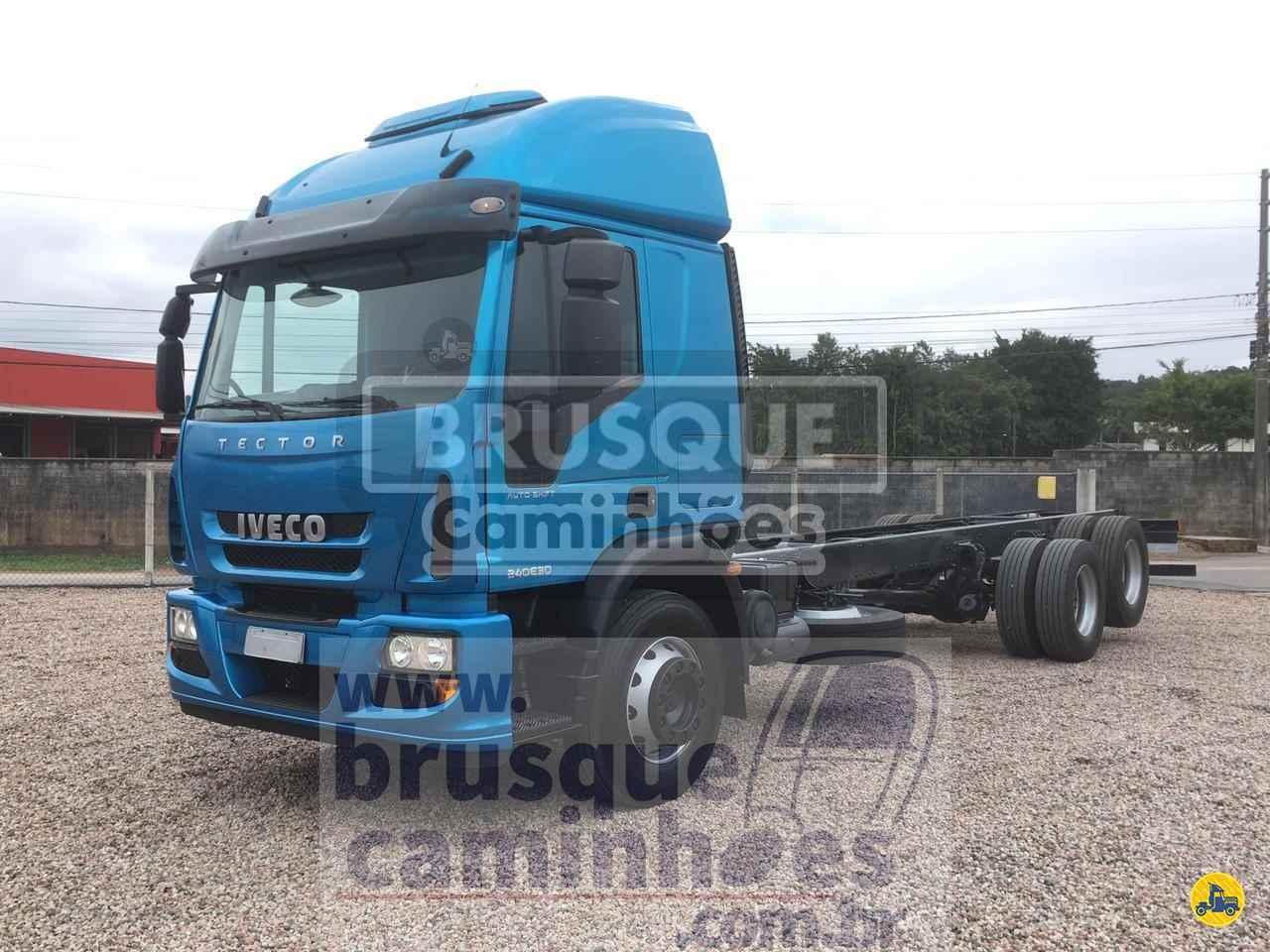 CAMINHAO IVECO TECTOR 240E30 Chassis Truck 6x2 Brusque Caminhões BRUSQUE SANTA CATARINA SC