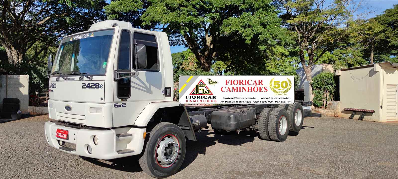 CAMINHAO FORD CARGO 2428 Chassis Truck 6x2 Fioricar Caminhões MARIALVA PARANÁ PR