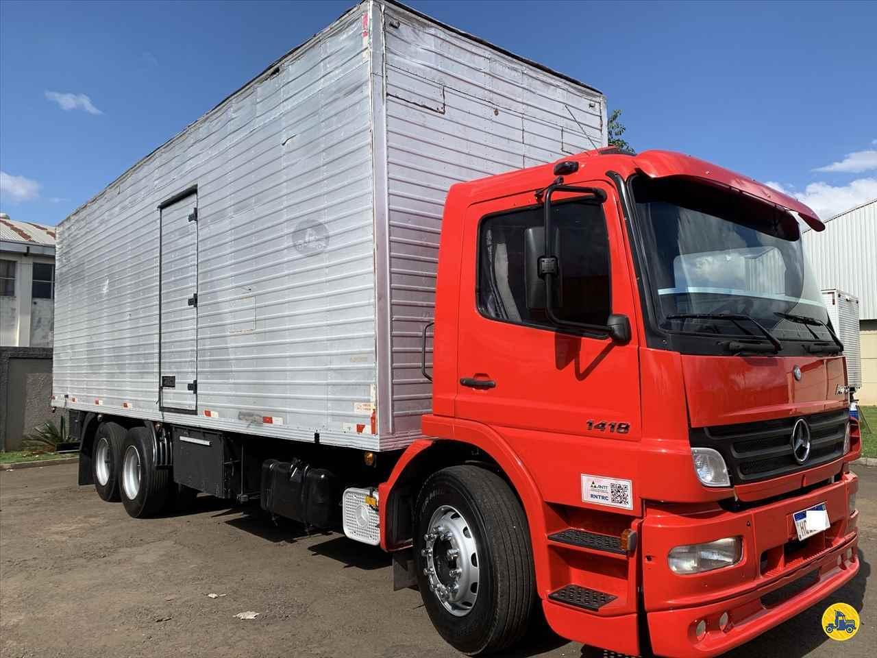 CAMINHAO MERCEDES-BENZ MB 1418 Baú Furgão Truck 6x2 Estacionamento Gaucho ARAPONGAS PARANÁ PR
