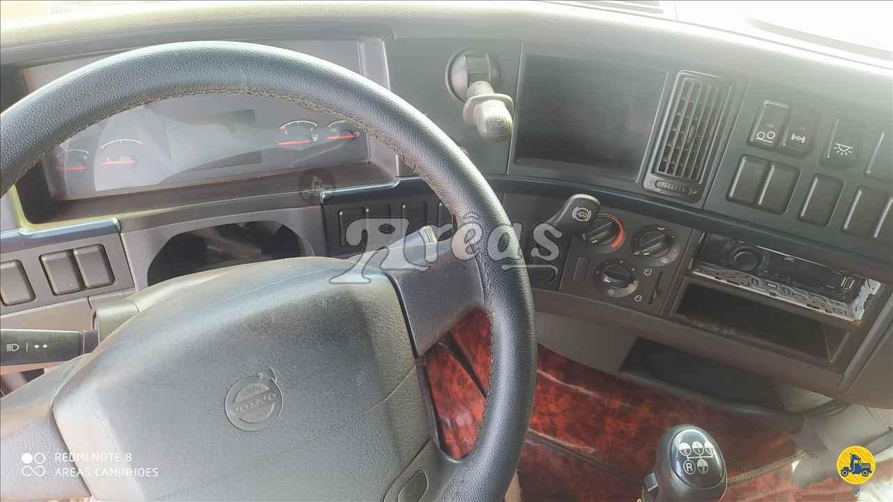 VOLVO VOLVO FH 440  2010/2011 Arêas Caminhões