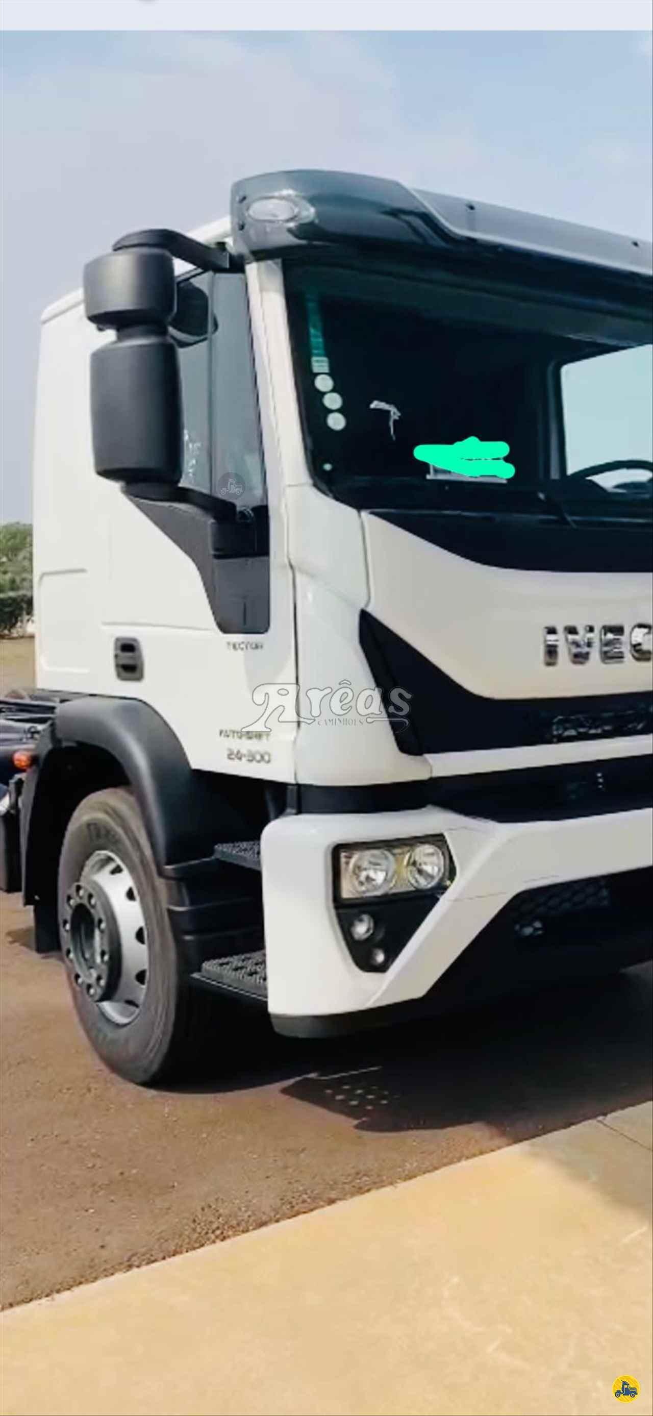 CAMINHAO IVECO Tector 24 300 Chassis Truck 6x2 Arêas Caminhões MARINGA PARANÁ PR