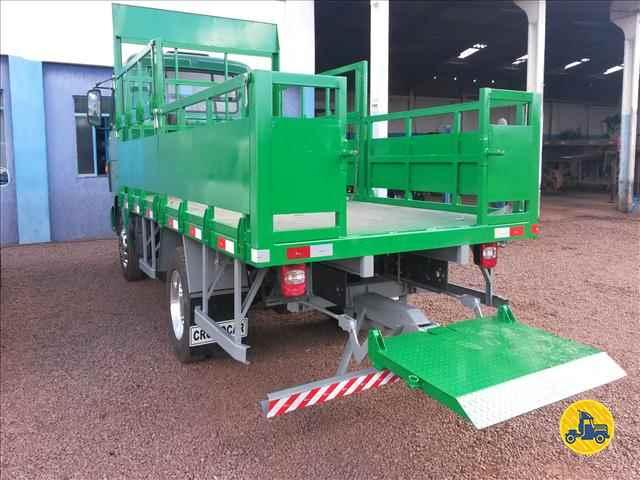 CAMINHAO 3/4 CARGA SECA  2020/2015 Cromocar Implementos Rodoviários