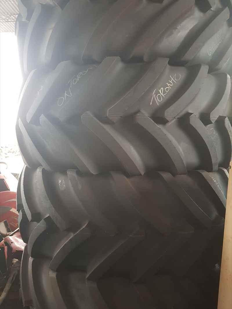 Pneus novos 800/70 R 38