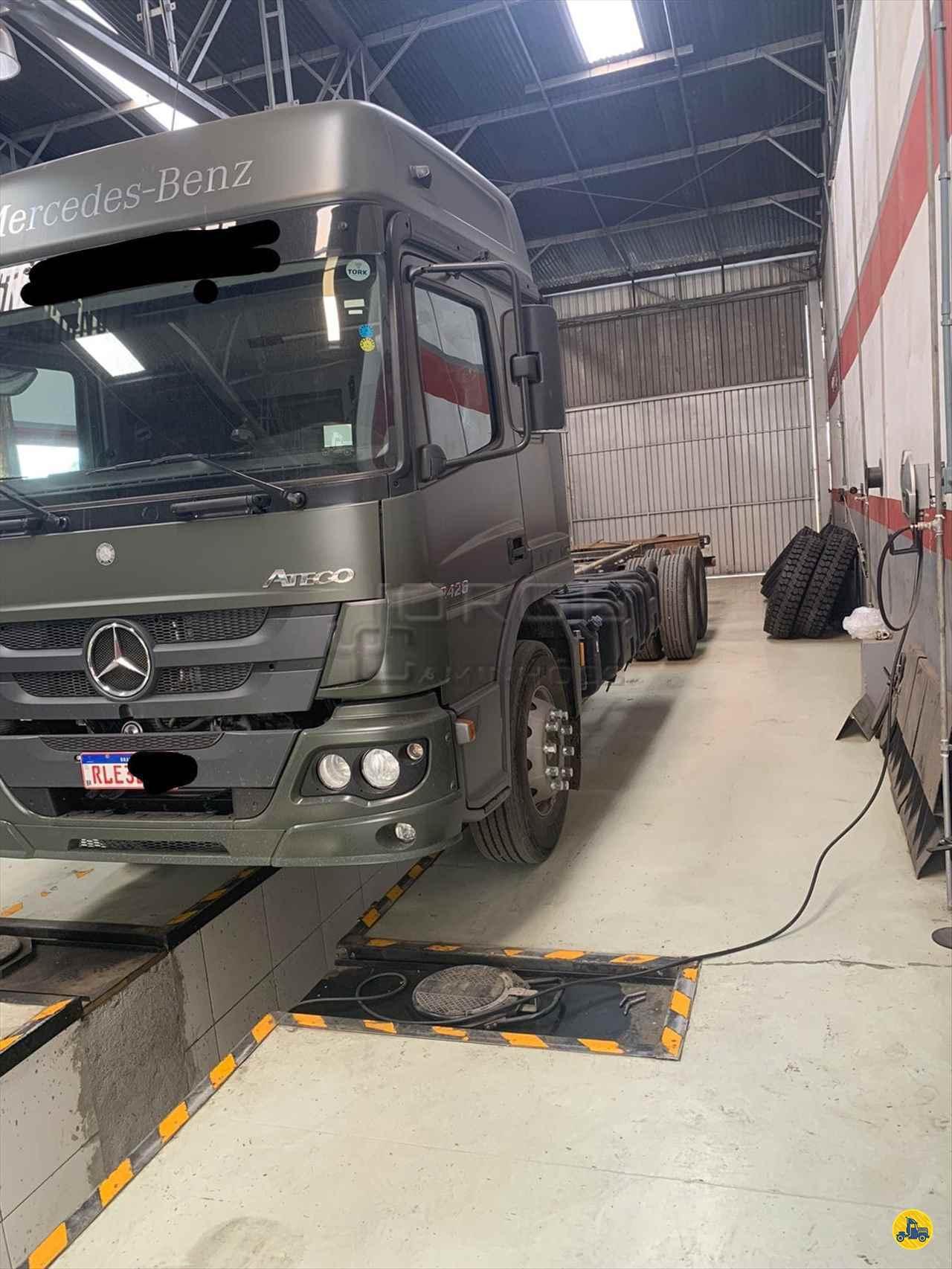 CAMINHAO MERCEDES-BENZ MB 2426 Chassis Truck 6x2 Jorge Caminhões CURITIBA PARANÁ PR