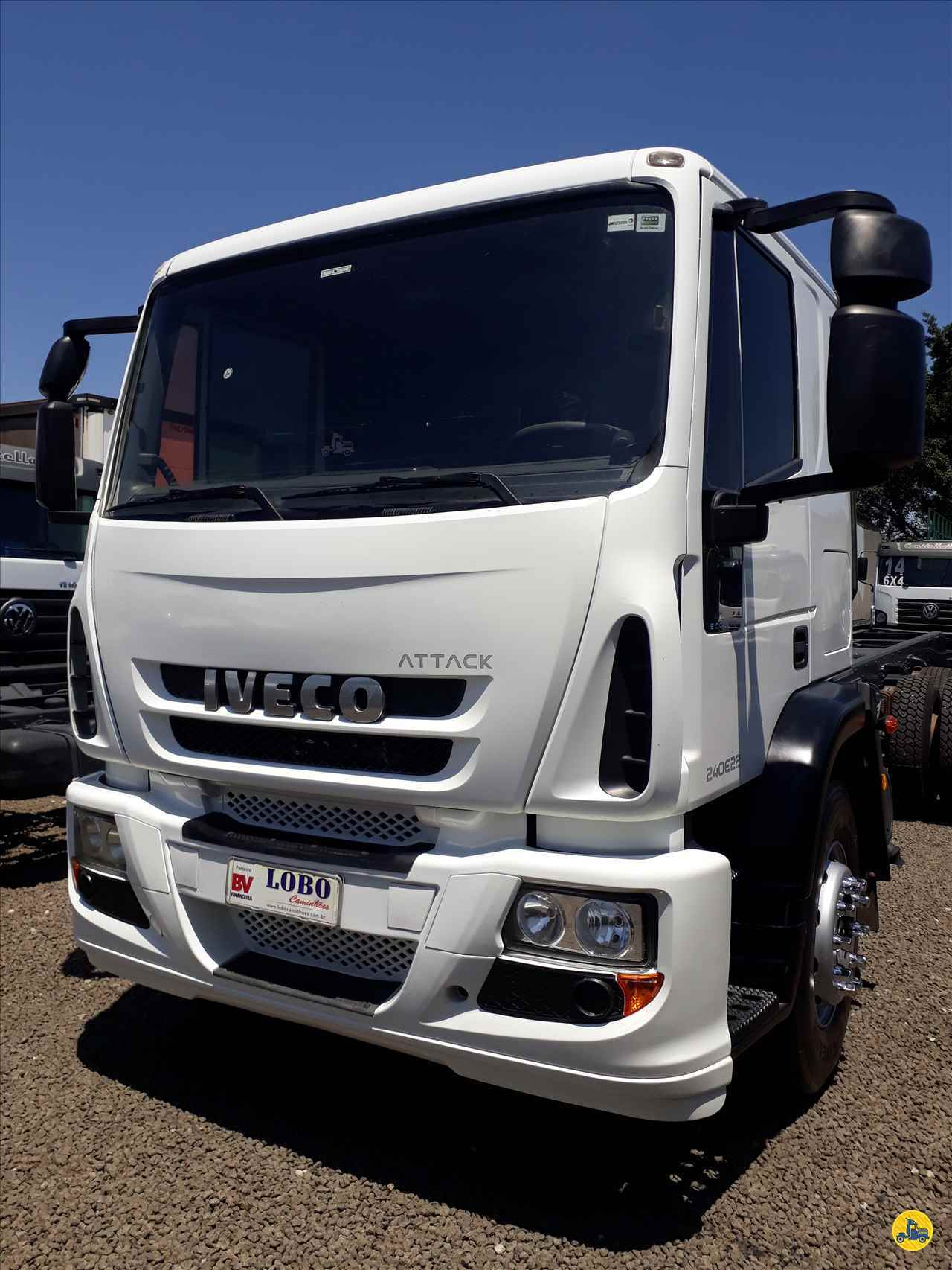 CAMINHAO IVECO TECTOR 240E22 Chassis Truck 6x2 Lobo Caminhões AMERICANA SÃO PAULO SP