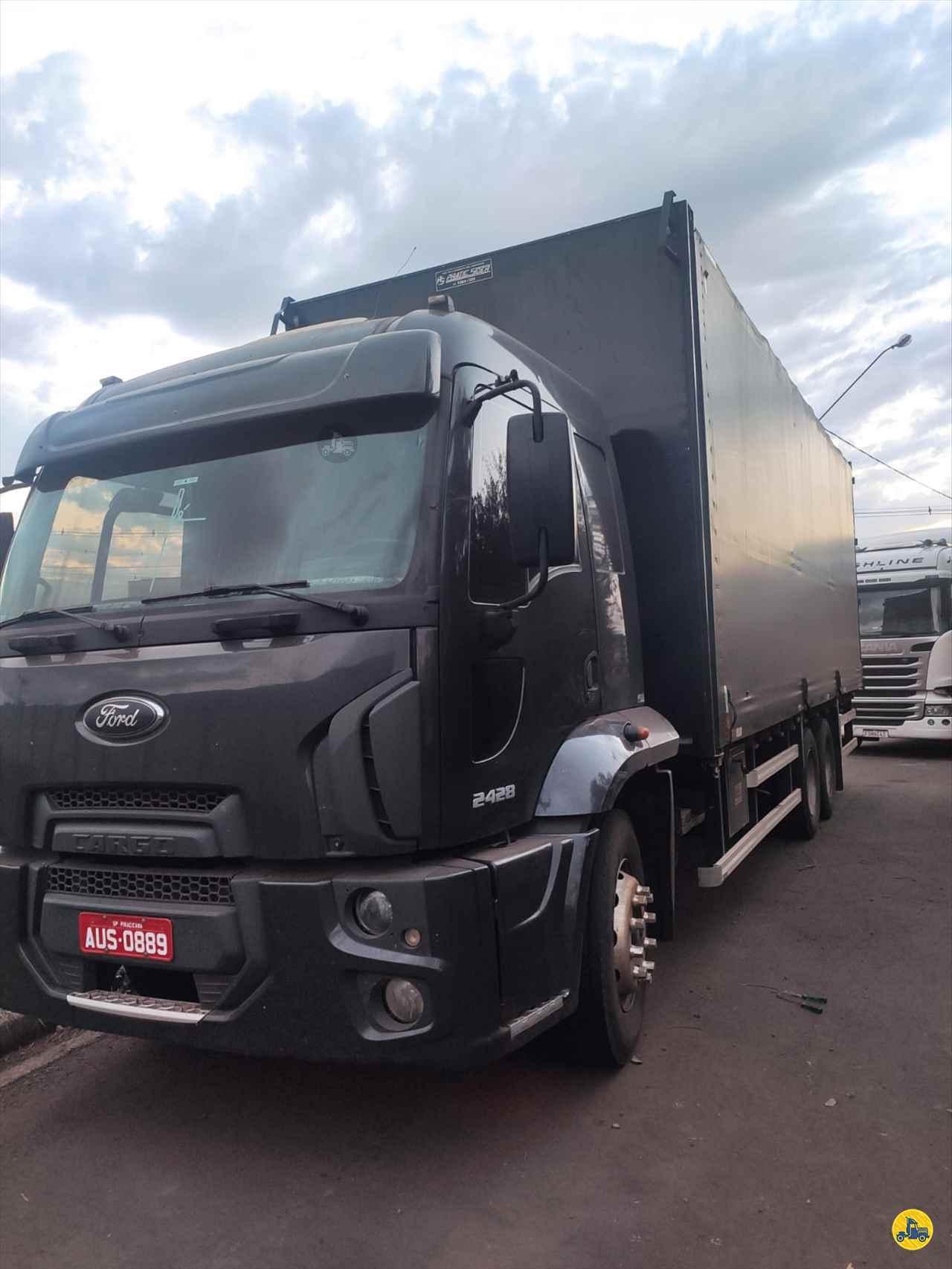 CAMINHAO FORD CARGO 2428 Baú Sider Truck 6x2 Lobo Caminhões AMERICANA SÃO PAULO SP