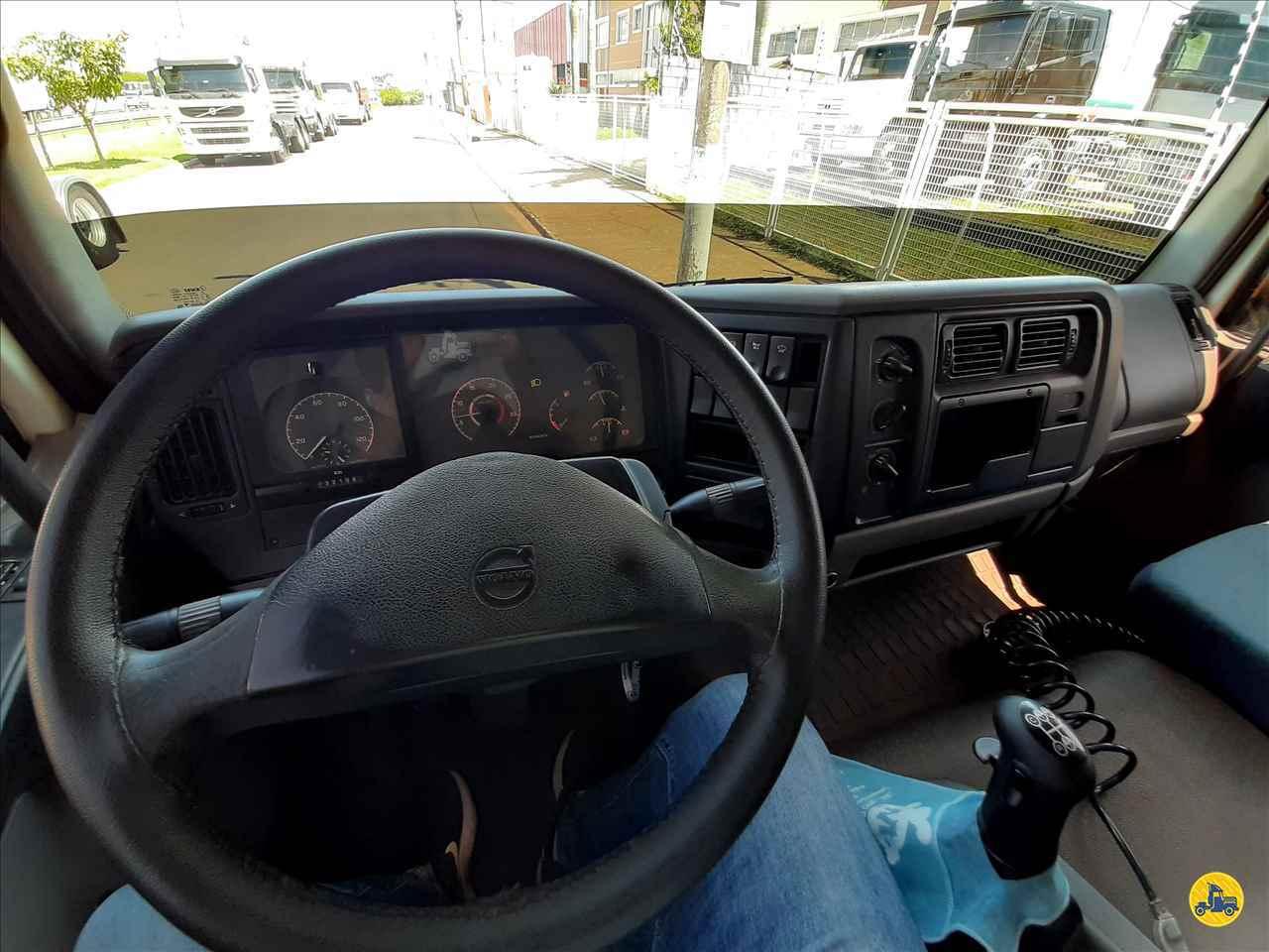 VOLVO VOLVO VM 310 300000km 2008/2008 Beto Caminhões Piracicaba