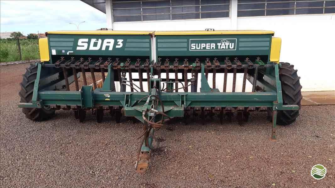 TATU SDA 3  2002/2002 RG Equipamentos Agrícolas