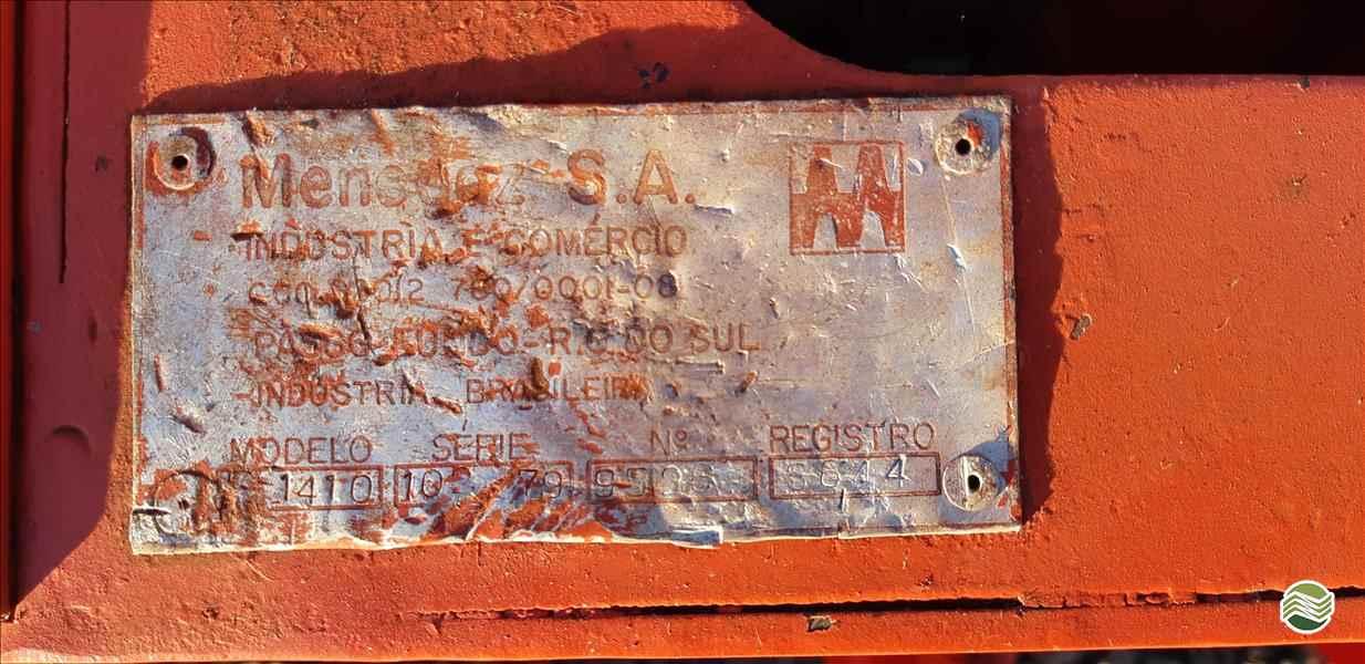 NOGUEIRA ENFARDADEIRA  1979 RG Equipamentos Agrícolas