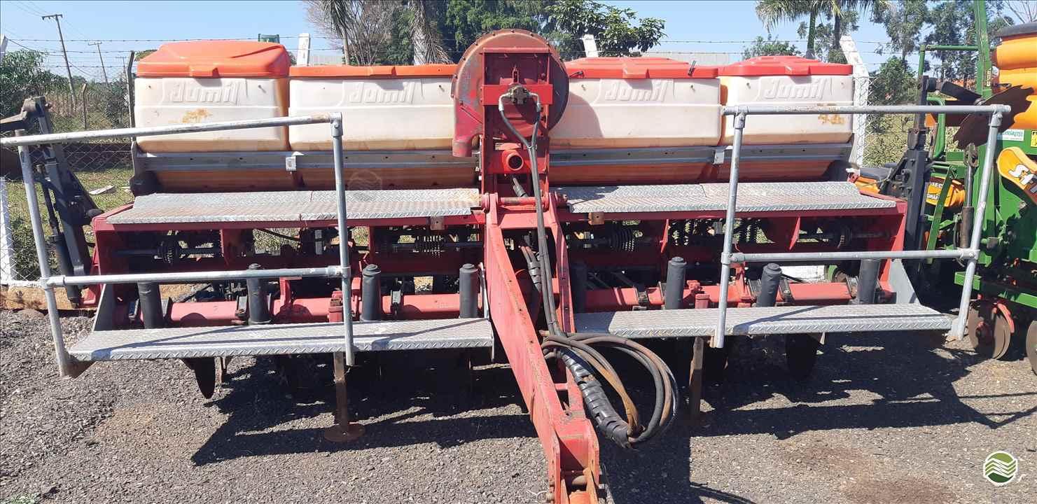 PLANTADEIRA JUMIL JM 2980 PD EXACTA RG Equipamentos Agrícolas OURINHOS SÃO PAULO SP