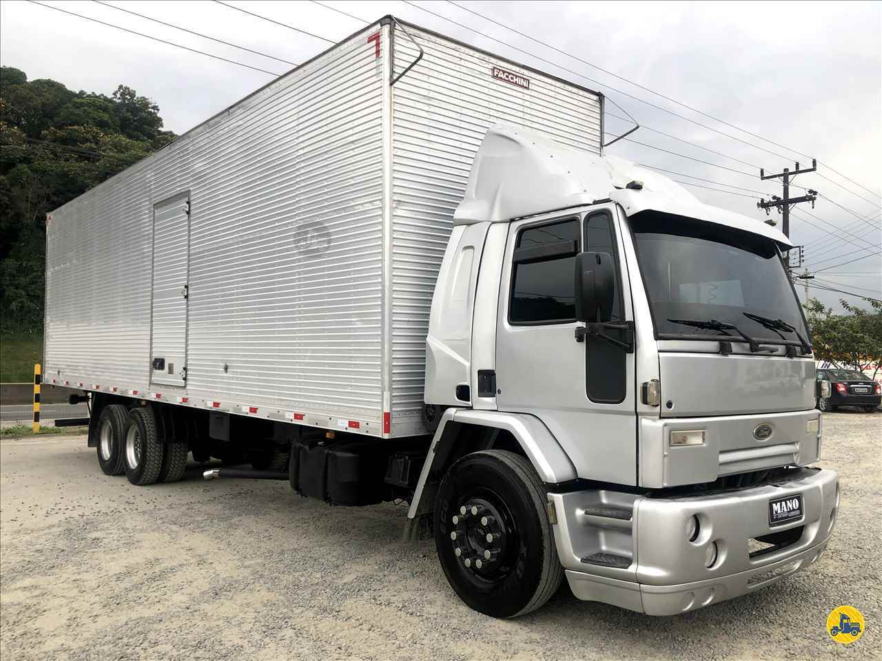 CAMINHAO FORD CARGO 2422 Baú Furgão Truck 6x2 Mano Caminhões JOINVILLE SANTA CATARINA SC
